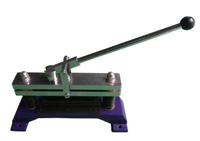 Sample cutter for CCT CMT